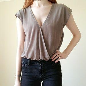 Tan Short Sleeve Bodysuit Size Large